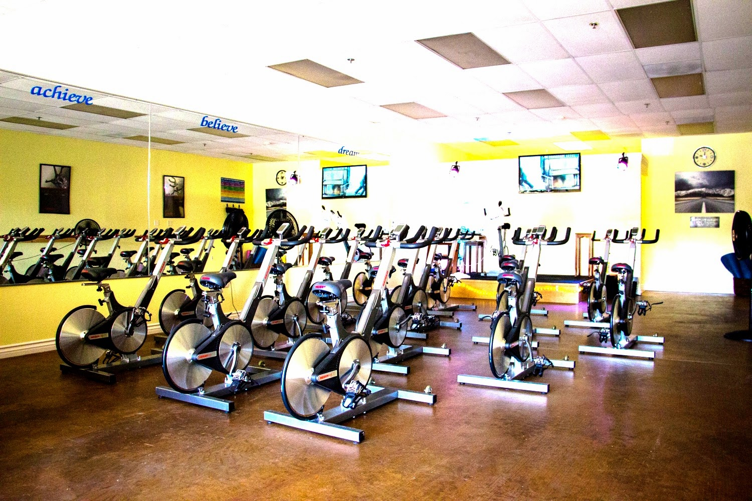Spokes Indoor Cycling - photo