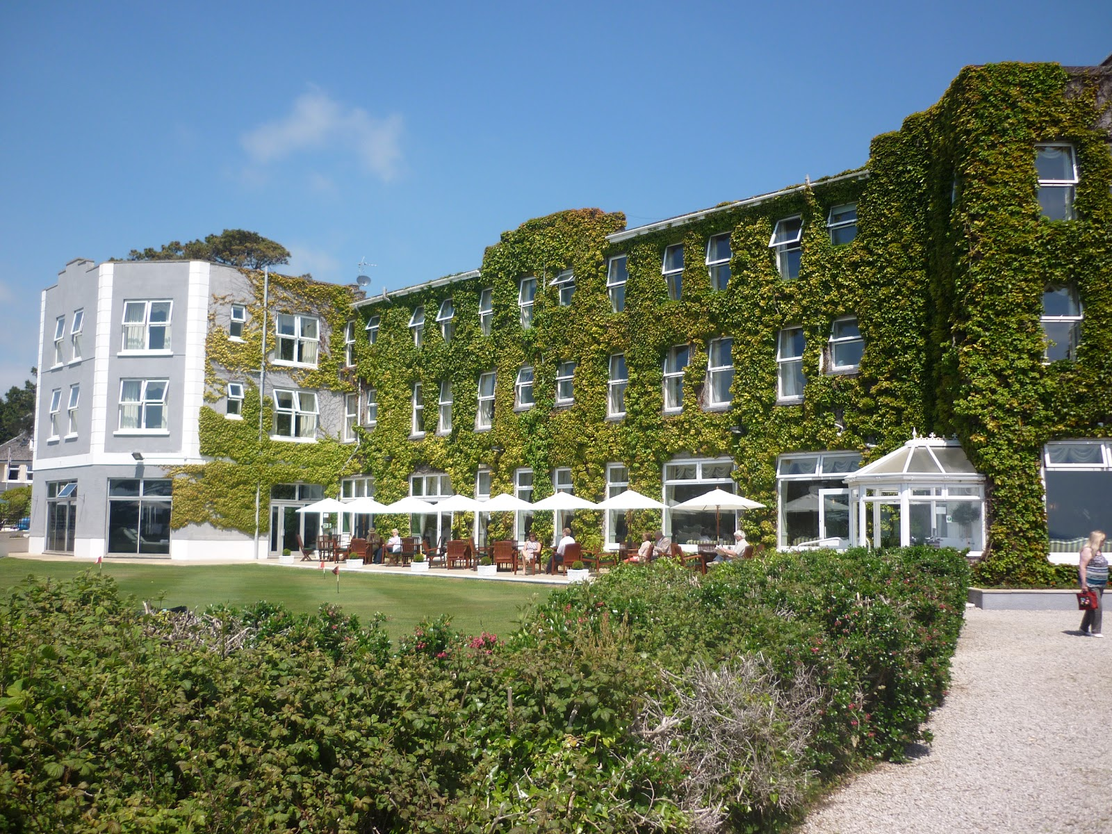 The Carlyon Bay Hotel - photo
