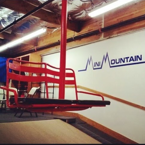 Mini Mountain Indoor Ski Center - photo