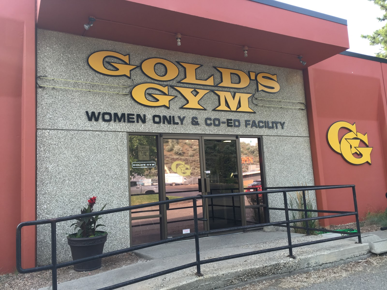 Gold's Gym Franchise - photo