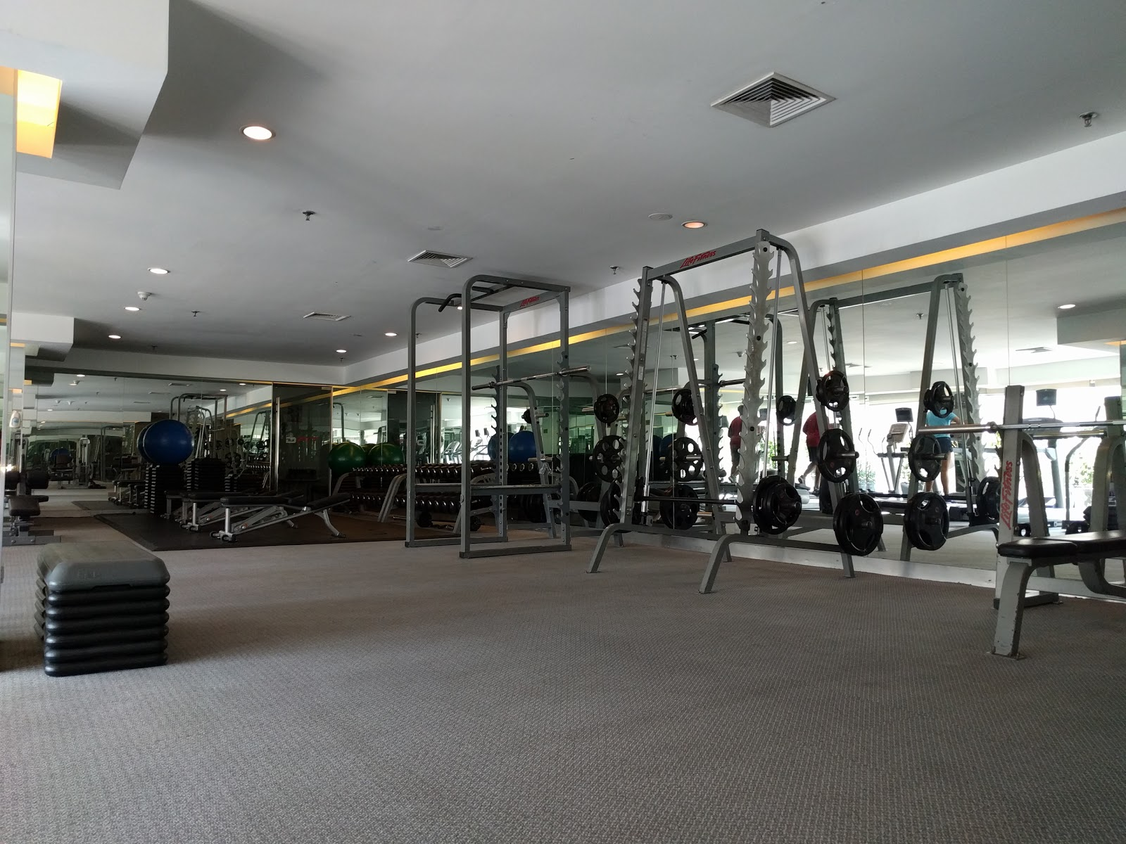 DFit Fitness Centre - photo