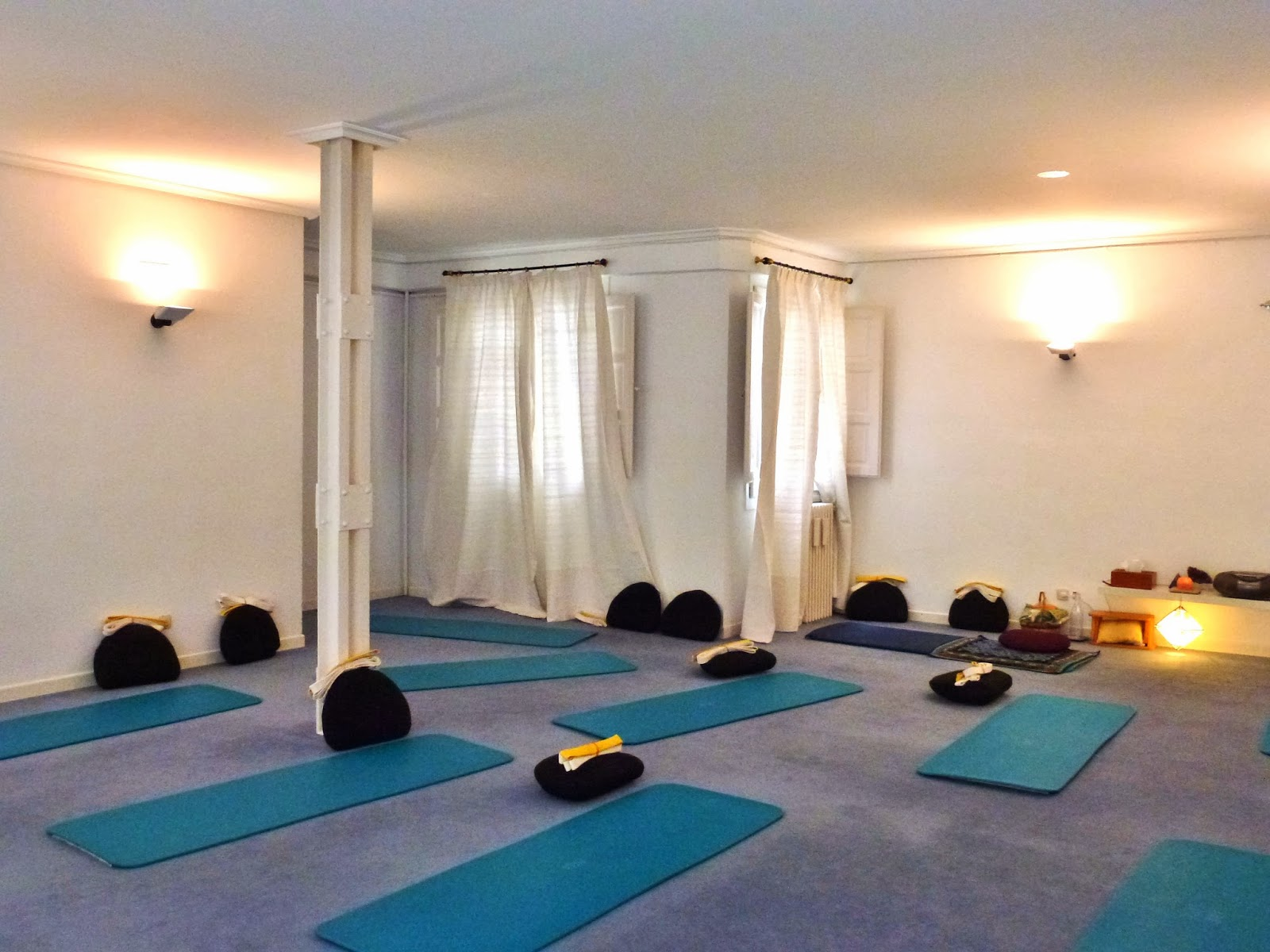 Costa Yoga Studio 7 - photo
