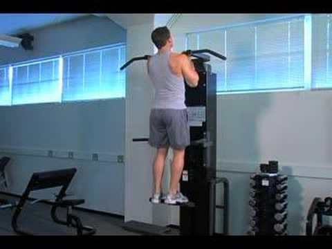 One-Arm Neutral-Grip Pull-ups on Gravitron Machine